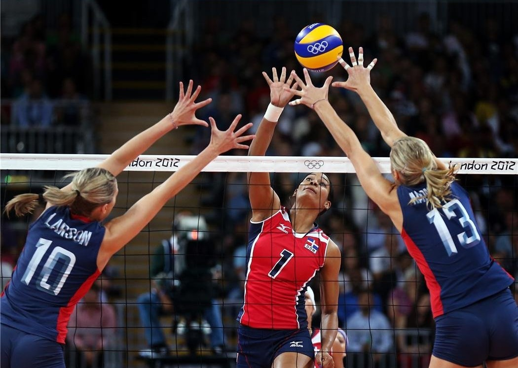 volleyball blocking